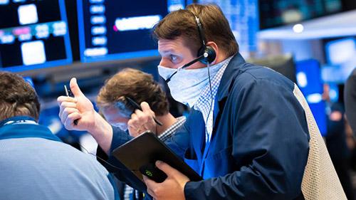 Deutsche Bank lạc quan về phục hồi kinh tế năm 2021 - nhưng có hai rủi ro chính