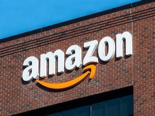 Amazon có năm đầu tiên đạt doanh số 200 tỷ USD, nhưng tăng trưởng đang chậm lại