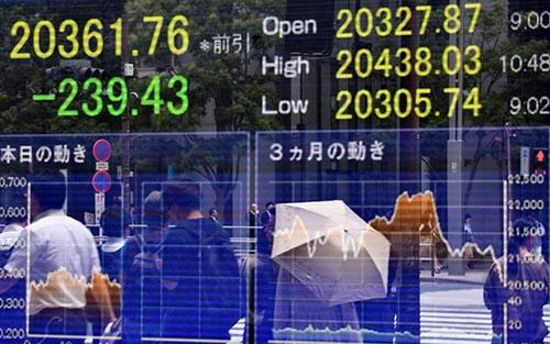 Các thị trường châu Á tăng mạnh sau khi Hoa Kỳ và Trung Quốc đồng ý nối lại đàm phán thương mại