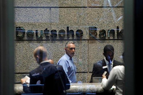 Cổ phiếu Deutsche Bank giảm hơn 5% khi ngân hàng chuẩn bị cải tổ lớn