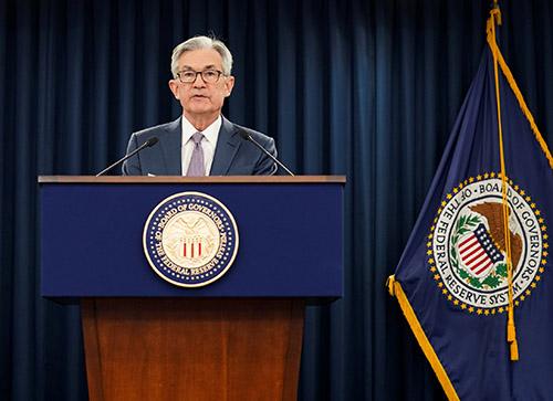 """Biên bản của Fed cho thấy lo ngại về """"tình trạng bất ổn cực lớn và những rủi ro đáng kể"""" vì coronavirus"""