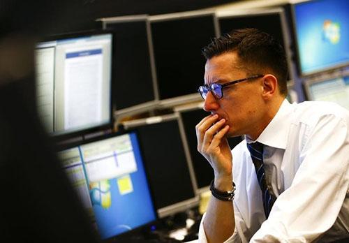 Cổ phiếu châu Á dao động vì các căng thẳng từ Hong Kong