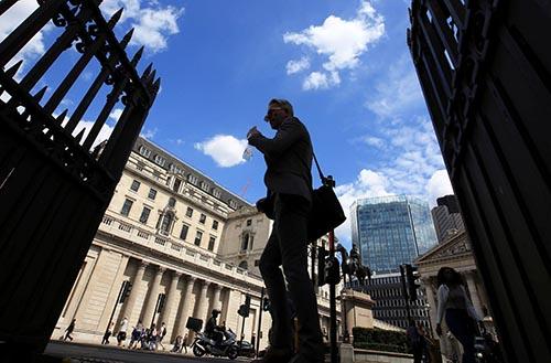 Ngân hàng Anh quốc giữ lãi suất không đổi, cảnh báo trì hoãn Brexit thêm có thể tổn hại đến phát triển kinh tế