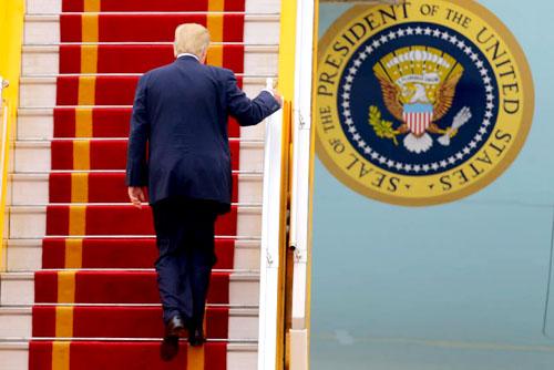 Những châm chích thương mại của ông Trump đẩy các quốc gia châu Á đến gần hơn với quỹ đạo của Trung Quốc