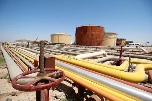 Giá dầu tăng do Saudi thảo luận kéo dài cắt giảm nguồn cung