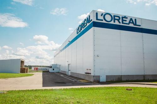 Doanh số quý một của L'Oréal tăng mạnh, một số mảng tăng trưởng chậm hơn