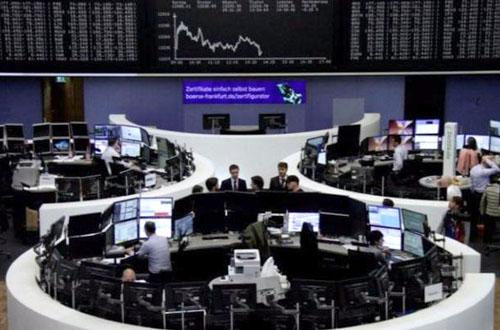 Cổ phiếu lao dốc, đồng yen tăng sau khi Bắc Triều Tiên bắn tên lữa qua Nhật Bản