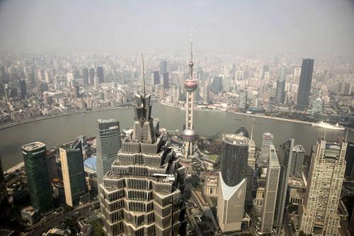 Các quỹ nước ngoài vẫn đổ vào Trung Quốc bất chấp lo lắng về nhân dân tệ