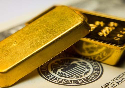 Giá vàng vươn cao nhờ USD tụt lùi